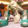 Sapatos de noivas coloridos na moda